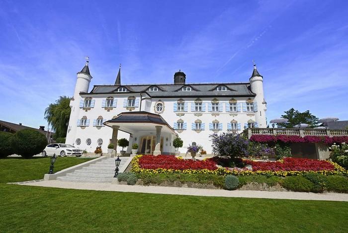 hotel-bonnschloessl-bernau-web.jpg