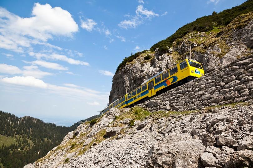 bergbahn-wendelstein-zahnradbahn.jpg