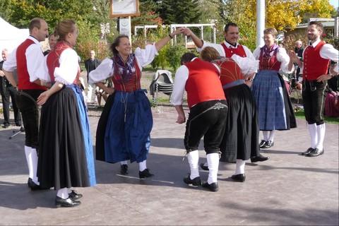 volkstanzgruppe-rosenheim-tanz-brauchtum (2).jpg