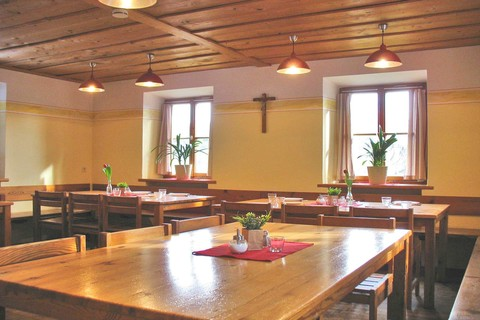 wendlerhof-gaestehaus-speiseraum-gruppen©cd-kirchgessner.de.jpg