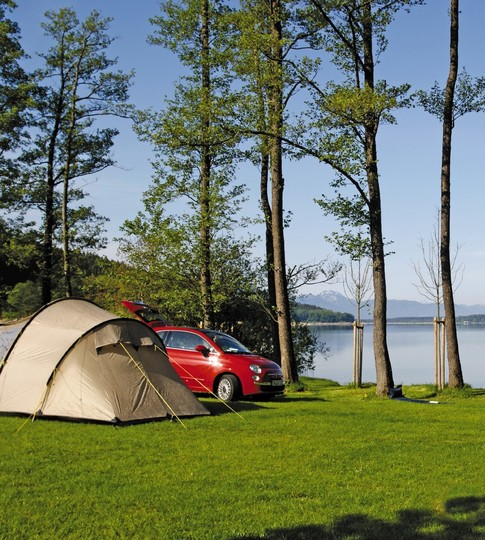 camping-auto-rot-zelt-chiemsee.jpg