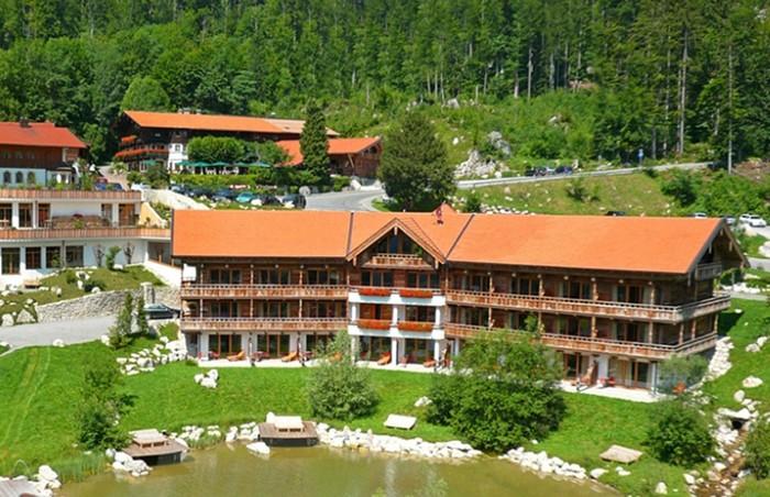 gruppenhotel-chiemsee-alpenland-1286x830.jpg