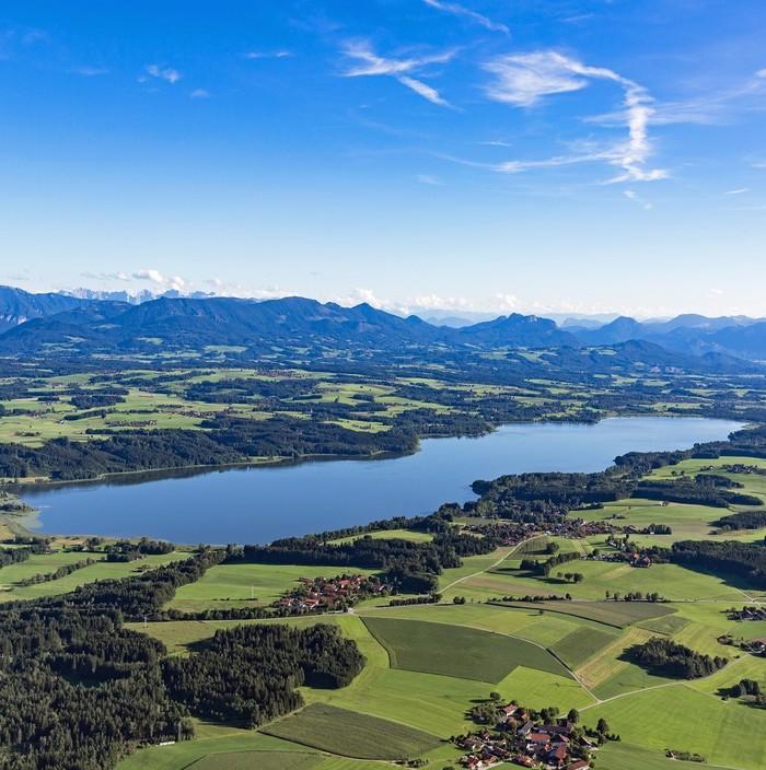 Urlaubsregion-Simssee-lufbild-1193x1200.jpg