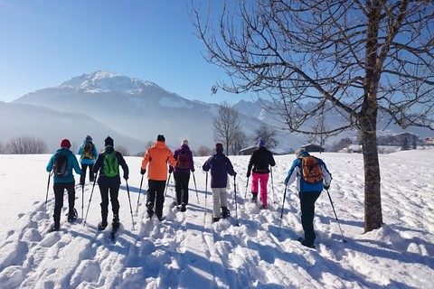 sayaq-schneeschuh-wanderung-tour-winter-schnee-berg.jpg