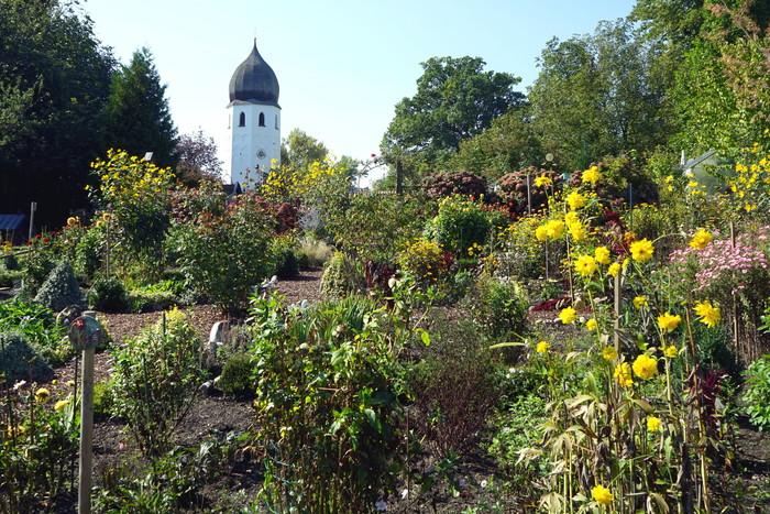 klostergarten-mit-campanile.jpg