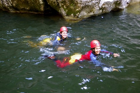 parker-outdoor-canyoning-gumpen.jpg