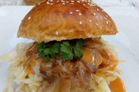 grill-chill-rudolf-klasna-oberaudorf-burger.jpg