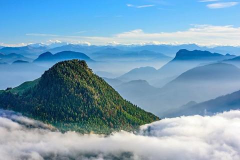 xx-kranzhorngipfel-mit-wolken-(c)andreas-strauss.jpg