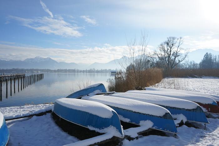 ruderboote-am-chiemsee-winter-(c)chiemsee-alpenland-tourismus.jpg