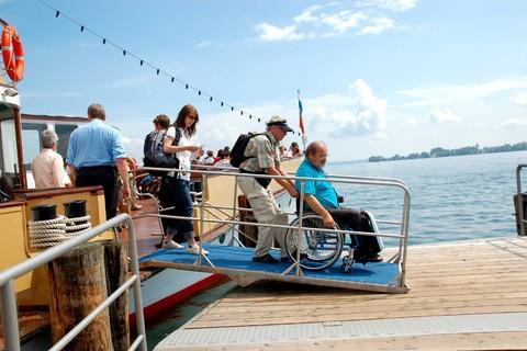 chiemsee-Schifffahrt-rollstuhl.jpg
