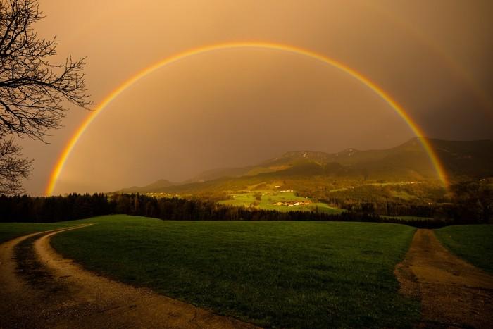 Regenbogen-Chiemsee-Alpenland.jpg