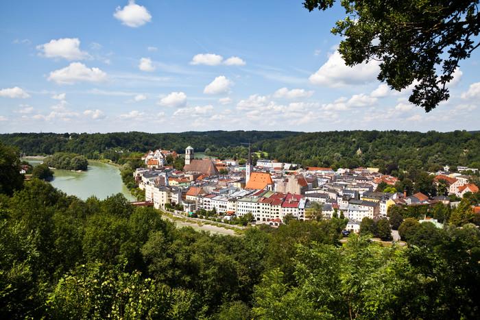 wasserburg-innschleife-(c)chiemsee-alpenland-tourismus.jpg.jpg