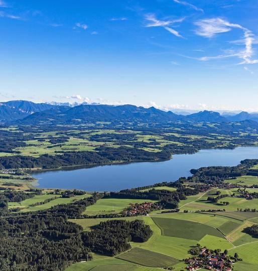 Urlaubsregion-Simssee-lufbild-1143x1200.jpg