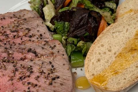 grill-chill-rudolf-klasna-oberaudorf-fleisch-brot-gemuese.jpg