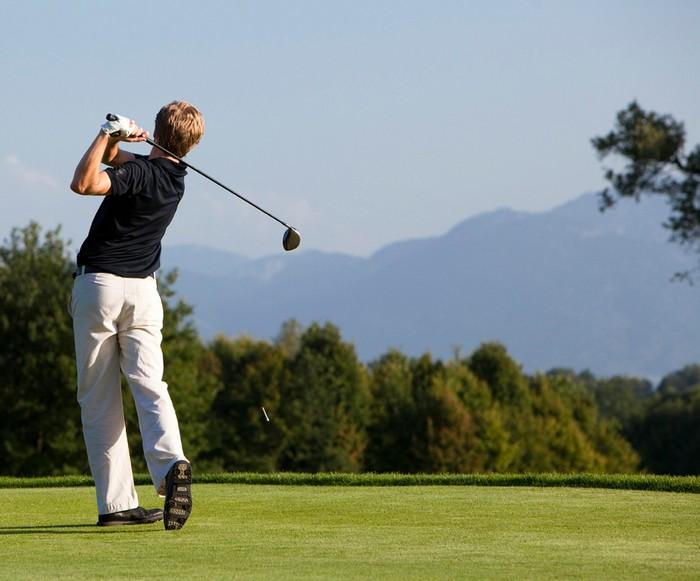 golfen-im-golfclub-maxlrain-2236x1857.jpg