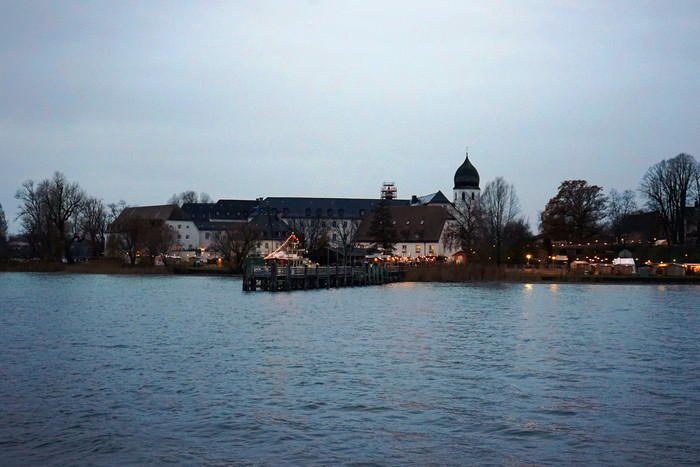 christkindlmarkt-fraueninsel.jpg