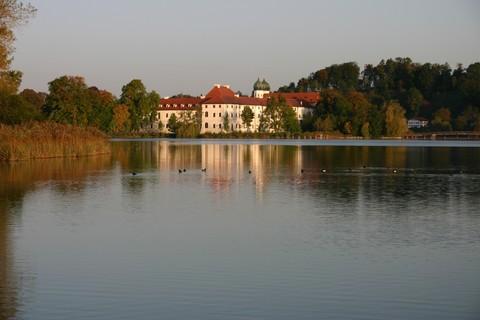 xx-kloster-seeon-herbst-fuehrung-klangvoll(C) Kloster-Seeon.jpg
