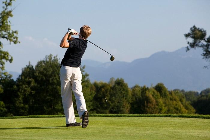 golfen-im-golfclub-maxlrain.jpg