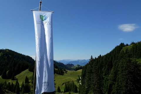 Bergsteigerdorf-Sachrang-Ausblick-priener-huette.jpg
