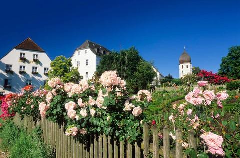 xx-gasthaus-zur-linde-fraueninsel-campanile-(c)andreas-strauss.jpg